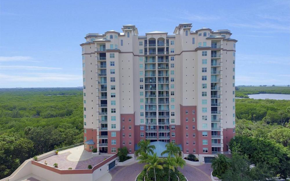 445 Cove Tower Drive #402, Naples - Condo For Sale 1905088667