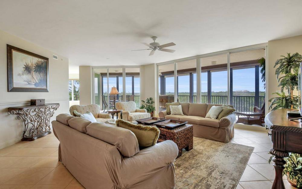445 Cove Tower Drive #402, Naples - Condo For Sale 1034255385