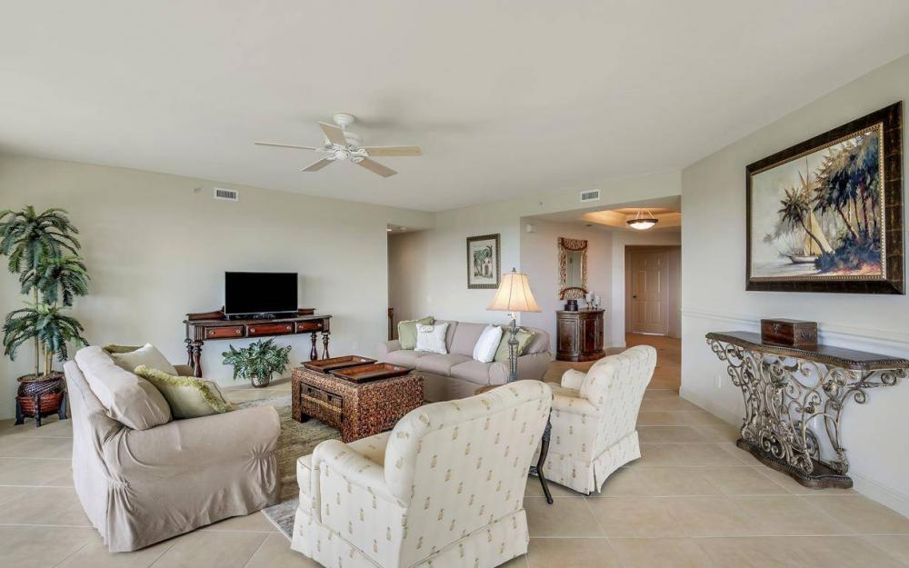 445 Cove Tower Drive #402, Naples - Condo For Sale 1559111653