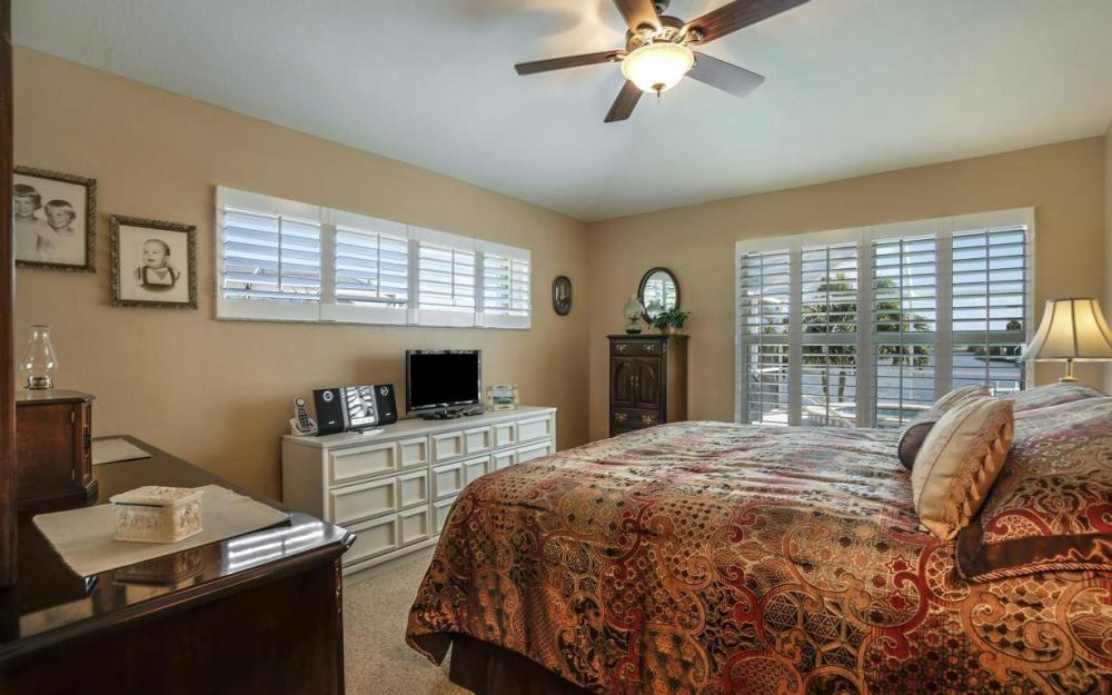 523 NW 35th Pl, Cape Coral - Home For Sale 1943728127