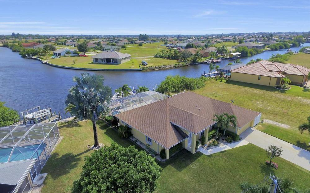 523 NW 35th Pl, Cape Coral - Home For Sale 1968862739