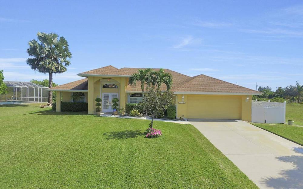 523 NW 35th Pl, Cape Coral - Home For Sale 1247180315