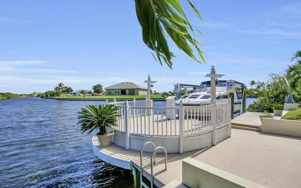 523 NW 35th Pl, Cape Coral - Home For Sale 791615538