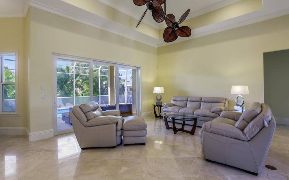 512 Landmark St, Marco Island - Home For Sale 1497134156