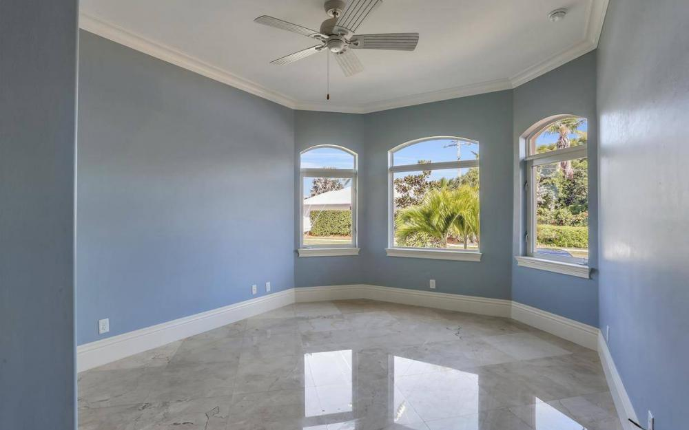512 Landmark St, Marco Island - Home For Sale 568694331