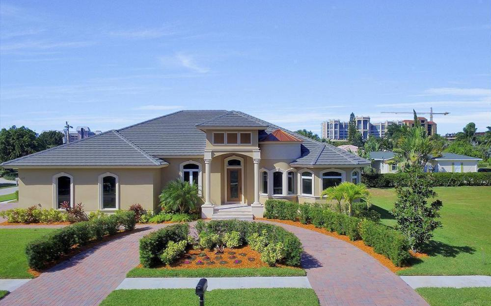 512 Landmark St, Marco Island - Home For Sale 1335618906