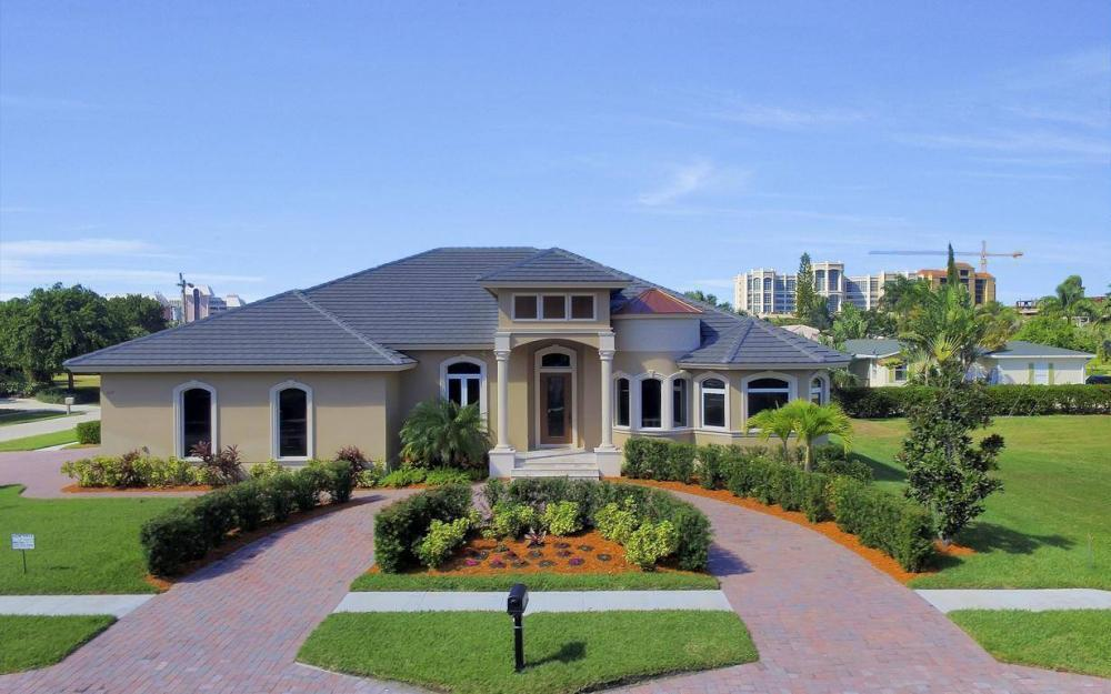 512 Landmark St, Marco Island - Home For Sale 580636421