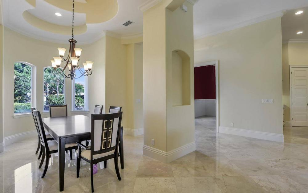 512 Landmark St, Marco Island - Home For Sale 1512770231