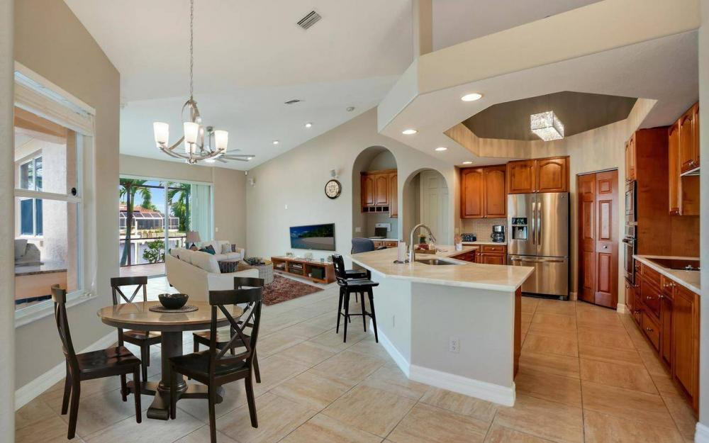 2633 SW 43rd Terrace, Cape Coral - Home For Sale 1149886321