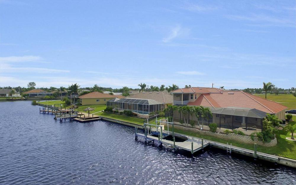 2633 SW 43rd Terrace, Cape Coral - Home For Sale 936117438