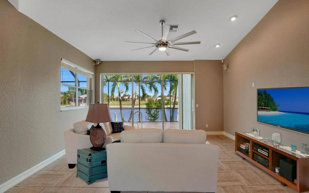 2633 SW 43rd Terrace, Cape Coral - Home For Sale 113109467