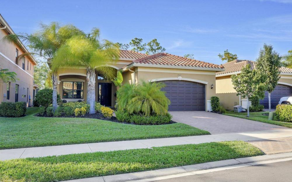 3487 Pacific Dr, Naples - Home For Sale 1300055084