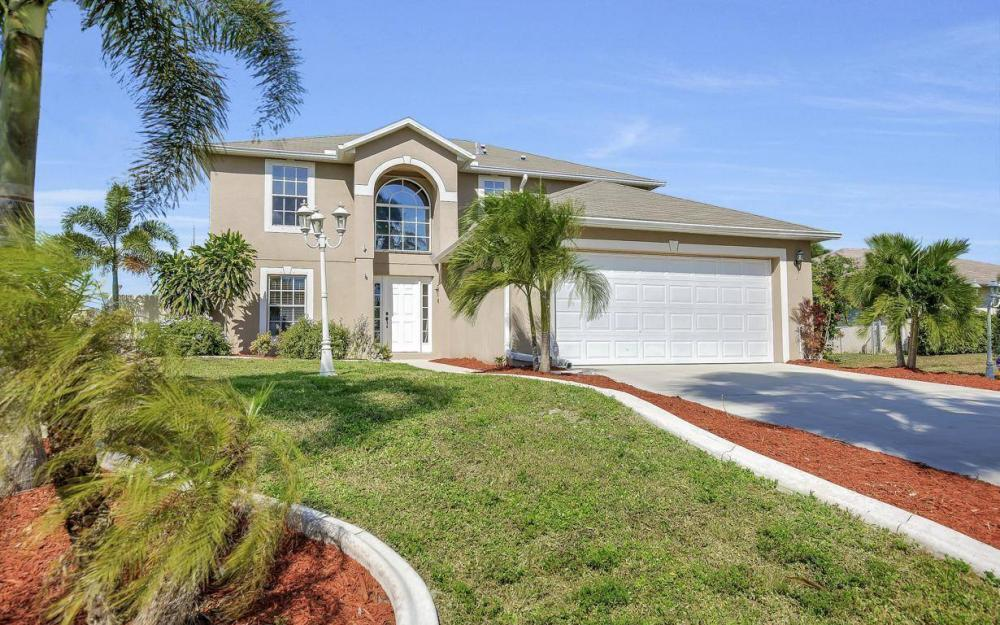 1211 SW 1st St, Cape Coral - Home For Sale 2106263730