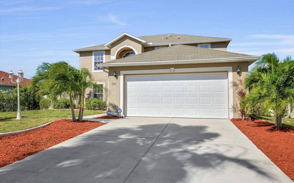 1211 SW 1st St, Cape Coral - Home For Sale 1952205443
