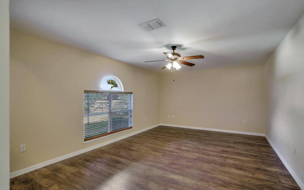 1211 SW 1st St, Cape Coral - Home For Sale 2035472933