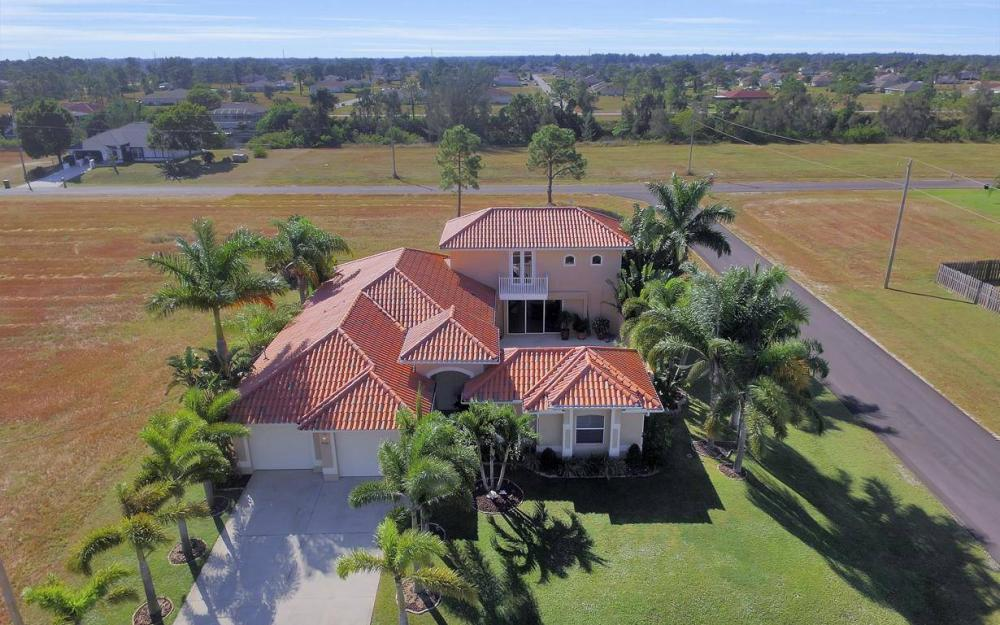 1926 NW 27th Ter, Cape Coral - Home For Sale 1122882180
