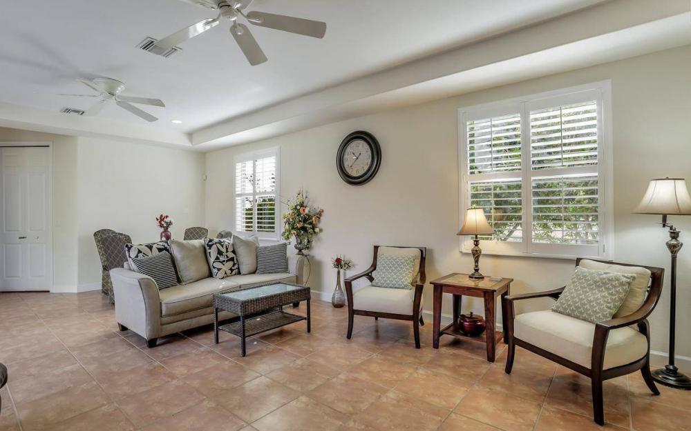 1926 NW 27th Ter, Cape Coral - Home For Sale 858267740