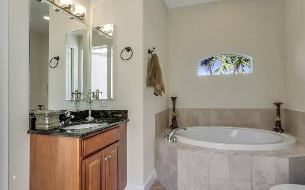 1926 NW 27th Ter, Cape Coral - Home For Sale 280581940