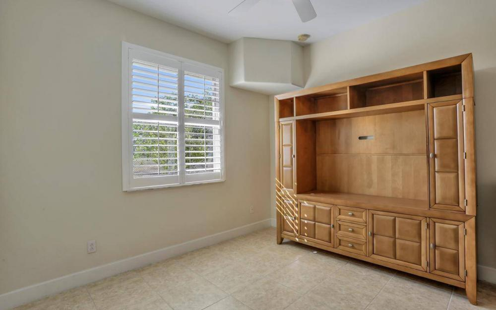 1926 NW 27th Ter, Cape Coral - Home For Sale 1272542262