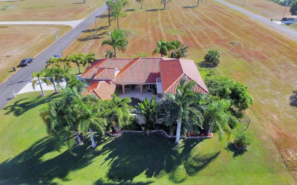 1926 NW 27th Ter, Cape Coral - Home For Sale 948095376