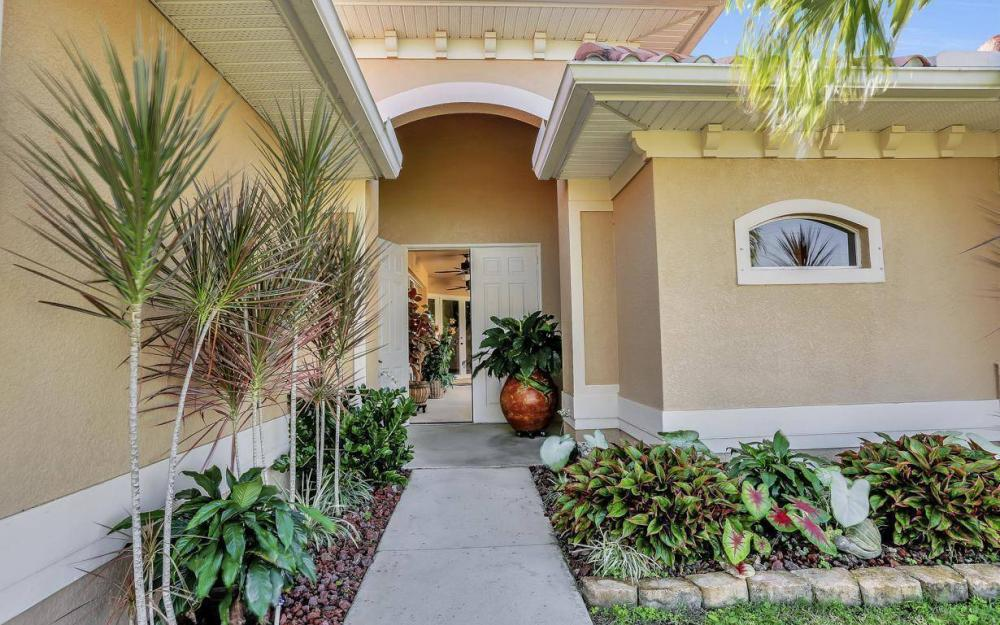 1926 NW 27th Ter, Cape Coral - Home For Sale 545350383