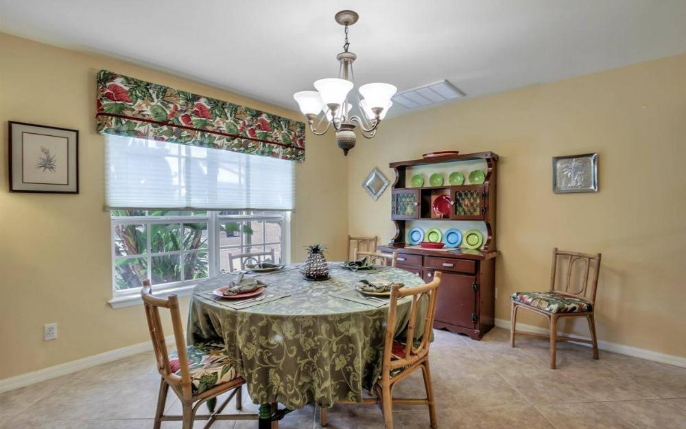3706 Manatee Dr, St James City - Home For Sale 543913540