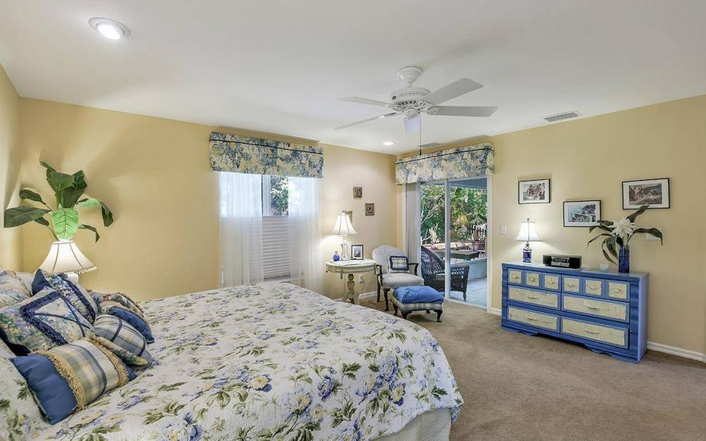 3706 Manatee Dr, St James City - Home For Sale 992704911