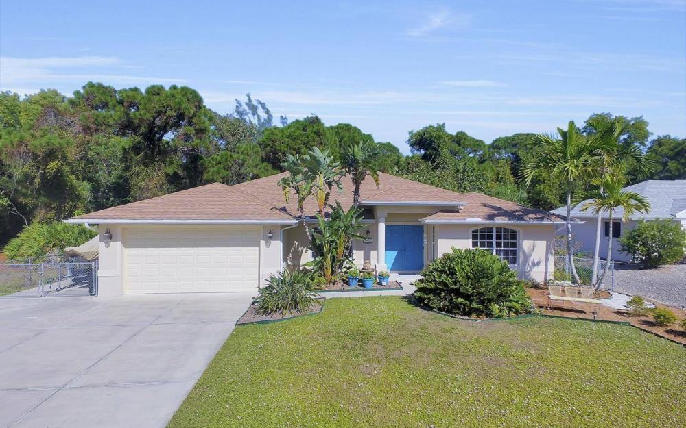 3706 Manatee Dr, St James City - Home For Sale 1753925865