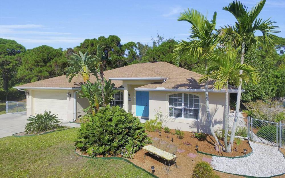 3706 Manatee Dr, St James City - Home For Sale 1238049525