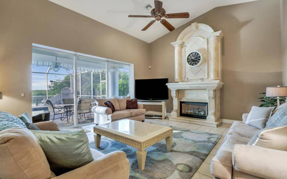 5214 SW 28th Pl, Cape Coral - Home For Sale 444441197