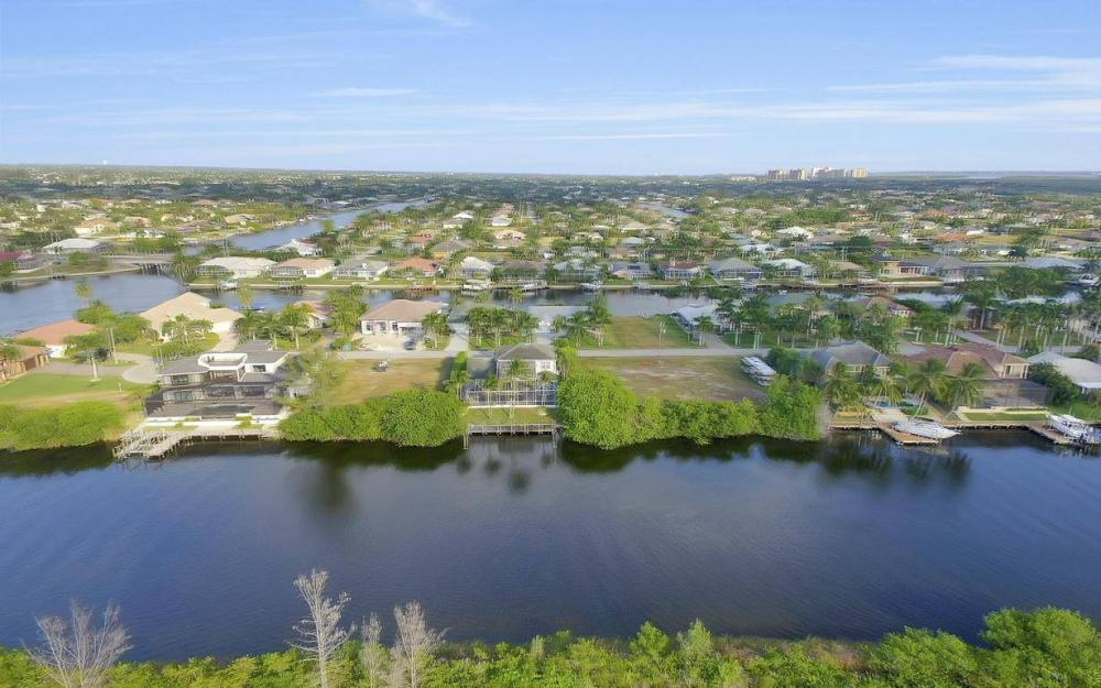 5214 SW 28th Pl, Cape Coral - Home For Sale 949043209