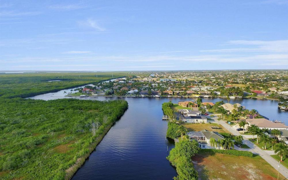5214 SW 28th Pl, Cape Coral - Home For Sale 492083745