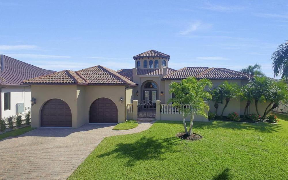 109 SW 50th St, Cape Coral - Home For Sale 1211082748