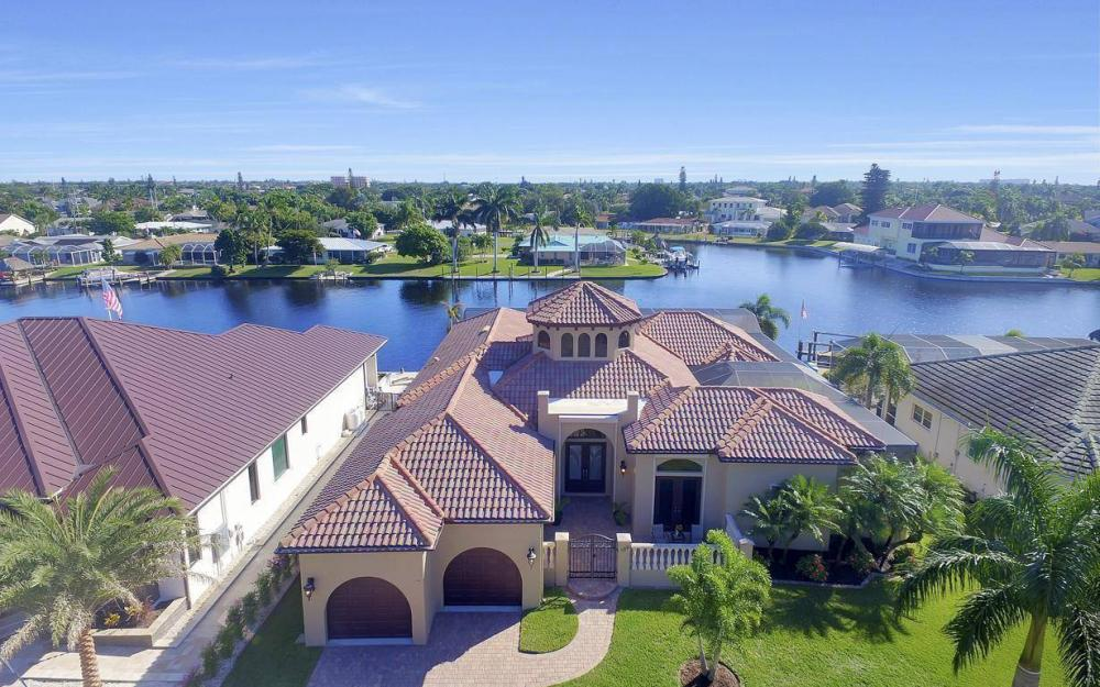 109 SW 50th St, Cape Coral - Home For Sale 760195402