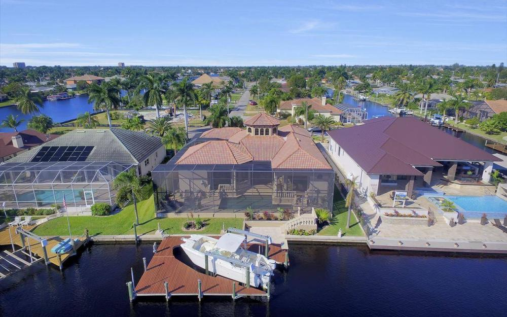 109 SW 50th St, Cape Coral - Home For Sale 1004258546