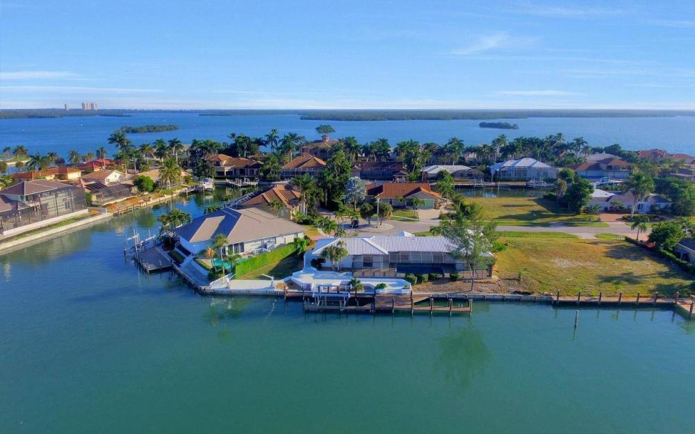 490 Balsam Ct, Marco Island - Home For Sale 570746374
