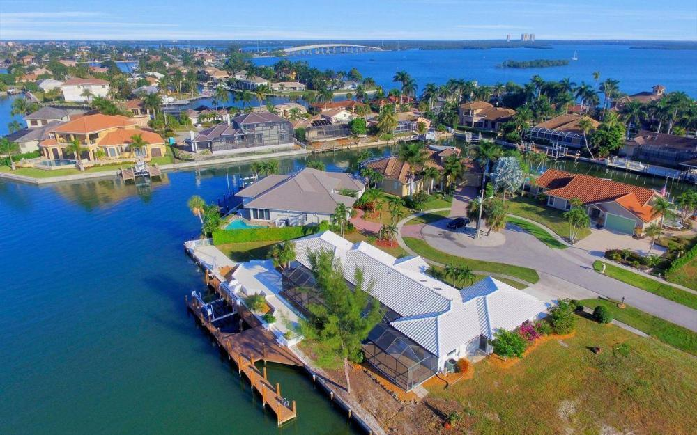 490 Balsam Ct, Marco Island - Home For Sale 30918662