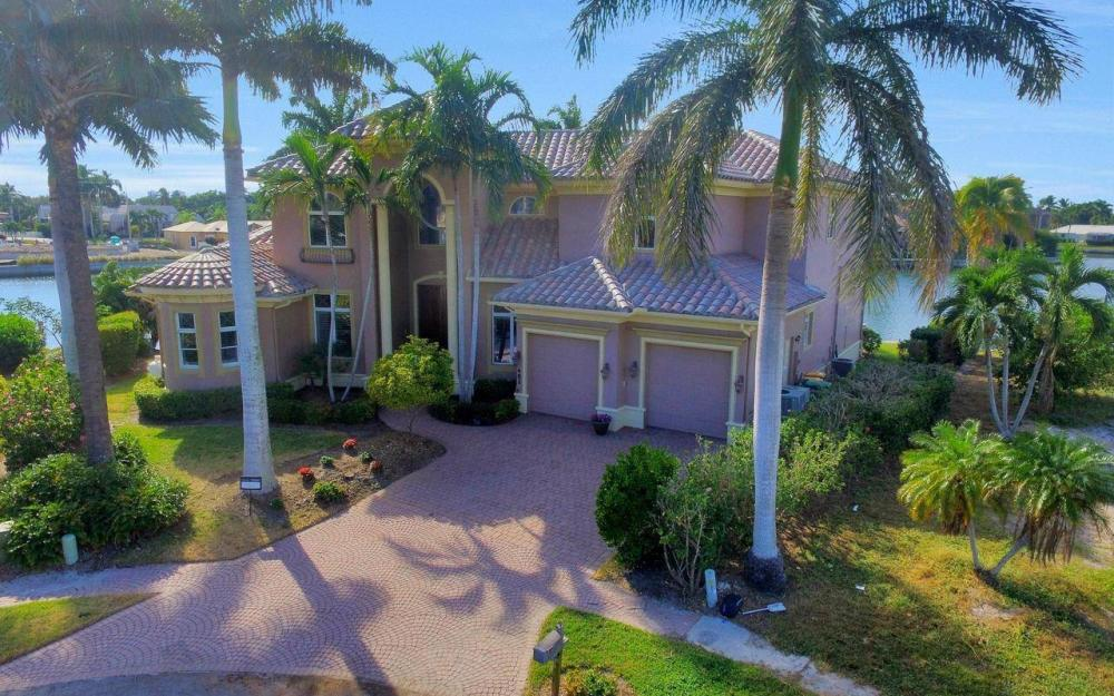 482 Tarpon Ct, Marco Island - Home For Sale 2053674371