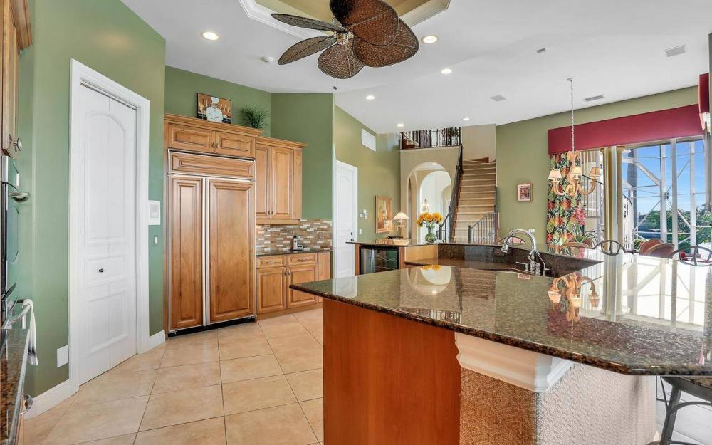 482 Tarpon Ct, Marco Island - Home For Sale 734014195