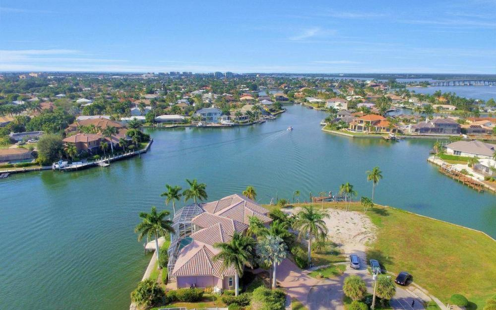 482 Tarpon Ct, Marco Island - Home For Sale 1150599215