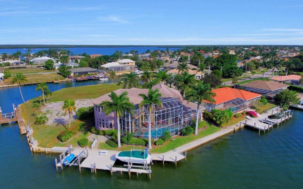 482 Tarpon Ct, Marco Island - Home For Sale 487784984