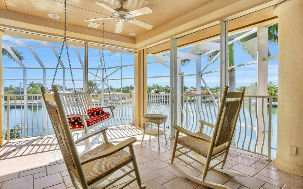 482 Tarpon Ct, Marco Island - Home For Sale 2100120168