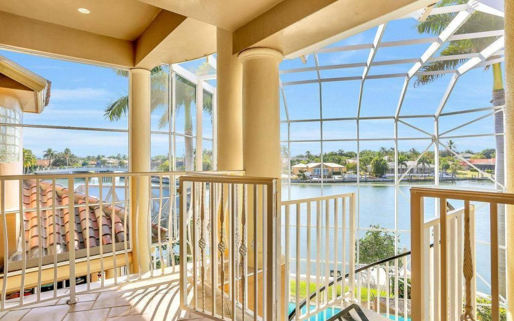 482 Tarpon Ct, Marco Island - Home For Sale 2058126829