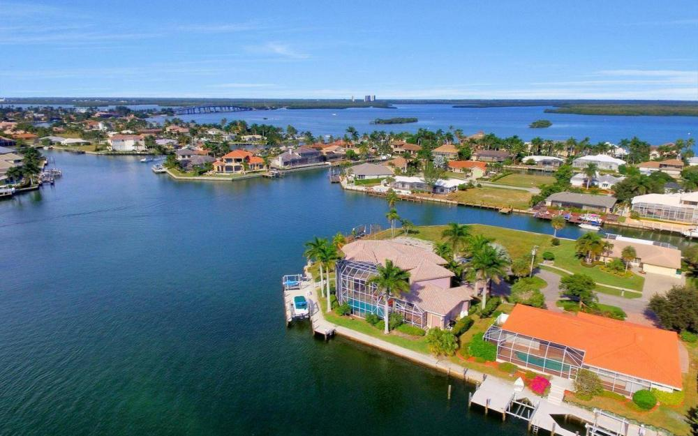 482 Tarpon Ct, Marco Island - Home For Sale 183331387