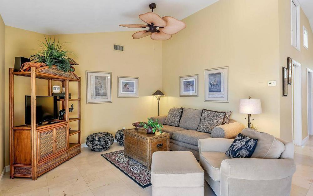 1071 Winterberry Dr, Marco Island - Home For Sale 879121888