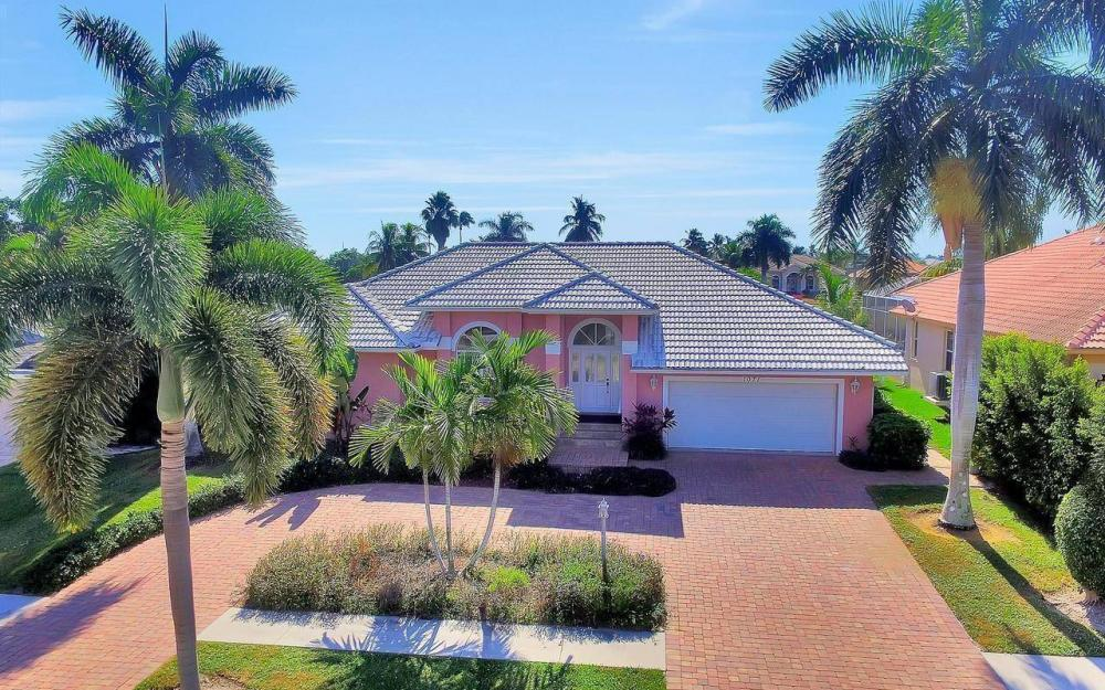1071 Winterberry Dr, Marco Island - Home For Sale 490539560