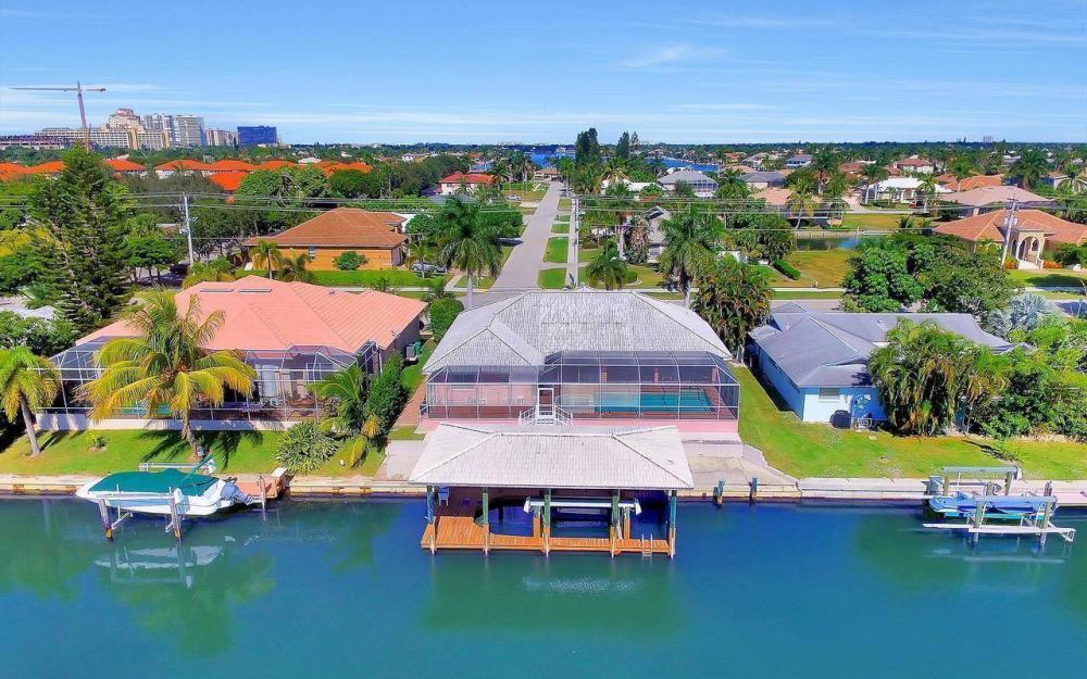 1071 Winterberry Dr, Marco Island - Home For Sale 1015962912