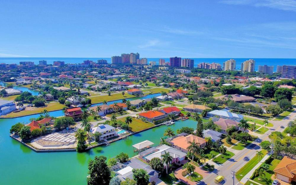 1071 Winterberry Dr, Marco Island - Home For Sale 392485674