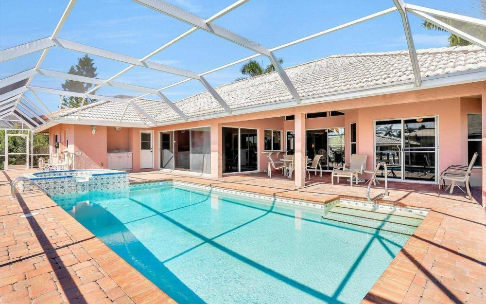 1071 Winterberry Dr, Marco Island - Home For Sale 2094776619