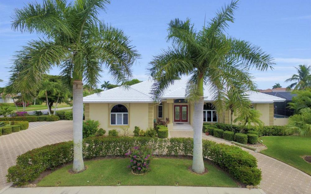 37 Templewood Ct, Marco Island - Home For Sale 560457616